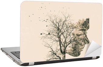 Adesivo para Notebook Retrato dupla exposição de uma mulher jovem e árvores de outono.