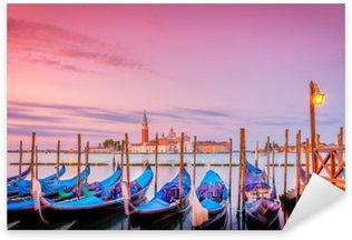 Pixerstick Aufkleber Gondeln in Venedig bei Sonnenaufgang