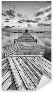 Pixerstick Aufkleber Zig Zag Dock in schwarz und weiß