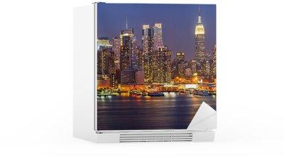 Buzdolabı Çıkartması Gece Manhattan