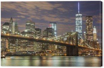 Canvas Brooklyn Bridge en Downtown Wolkenkrabbers in New York bij Schemer