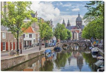 Canvas Canal en St. Nicolaaskerk in Amsterdam