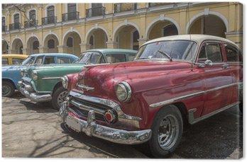 Canvas Een reeks van oude Amerikaanse auto's uit de jaren '50 in Havana, Cuba
