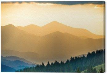 Canvas Prachtige zonsondergang in de bergen