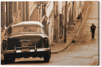 Canvas Print A classic car in a street, Cuba