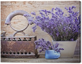 Dry lavender and rustic (rusty) iron - vintage style