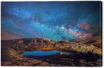 MiIlky Way over Mesa Arch