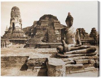 Monuments of buddah, ruins of Ayutthaya, old capital of Thailand