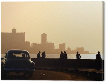 Canvas Print People and skyline of La Habana, Cuba, at sunset