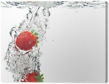 Canvas Print strawberries are dropped into water