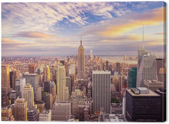 Canvas Print Sunset view of New York City looking over midtown Manhattan