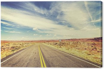 Canvas Retro vintage old film style endless country highway, USA.