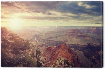 Canvas Vintage afgezwakt zonsondergang boven de Grand Canyon, een van de belangrijkste toeristische bestemmingen in de Verenigde Staten.