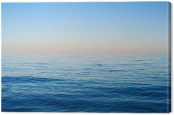 Canvas Zee golven op een achtergrond van blauwe hemel