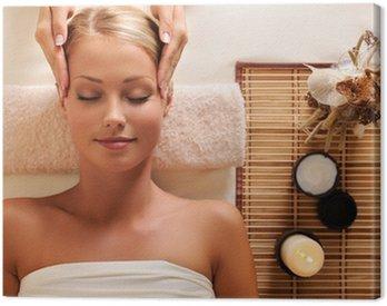 Canvastavla Attraktiv kvinna att få rekreation massage av huvudet