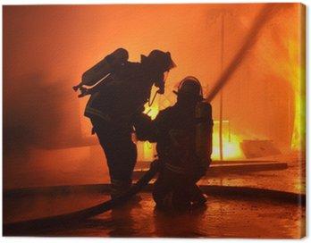 Canvastavla Brandmän från lågor vägg