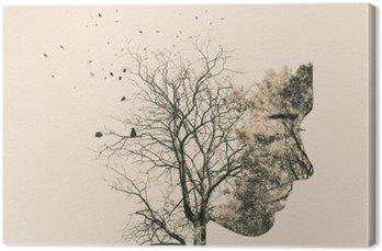 Canvastavla Dubbel exponering porträtt av ung kvinna och höstträd.
