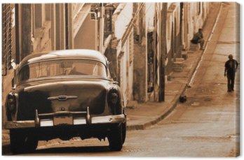 Canvastavla En klassisk bil på en gata, Kuba