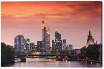 Canvastavla Frankfurts Skyline efter solnedgång