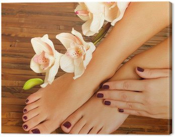 Canvastavla Kvinnliga fötter på spa salong på pedikyr förfarandet