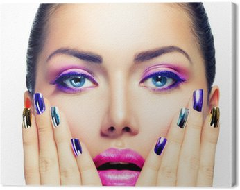 Canvastavla Makeup. Purple Make-up och färgglada Bright Nails