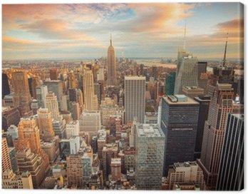 Canvastavla Solnedgång utsikt över New York City tittar över centrala Manhattan