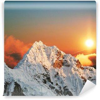 Carta da Parati in Vinile Alpamayo picco sul sunset1