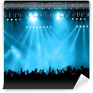Carta da Parati in Vinile Cheering folla al concerto, i musicisti sul palco
