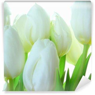 Carta da Parati in Vinile Close-up di mazzo di tulipani bianchi su bianco