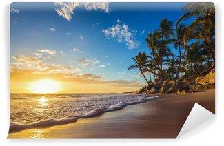 Carta da Parati in Vinile Paesaggio di spiaggia paradiso tropicale isola, girato alba