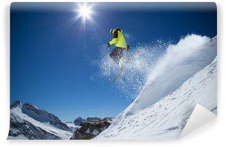 Carta da Parati in Vinile Sciatore in alta montagna