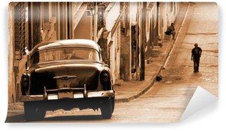 Carta da Parati in Vinile Un classico auto in una strada, Cuba