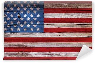 Carta da Parati in Vinile Vecchia bandiera americana di dipinti on Dark Wooden Fence