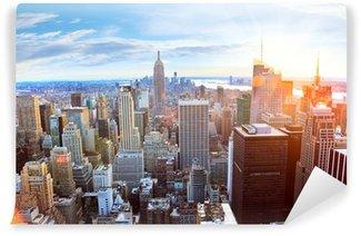 Carta da Parati in Vinile Veduta aerea di Manhattan skyline al tramonto, New York City