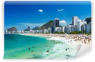 Carta da Parati in Vinile Vista della spiaggia di Copacabana a Rio de Janeiro, Brasile