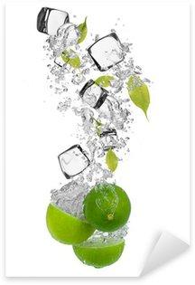 Pixerstick till Allt Färsk lime faller i vatten splash