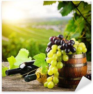Pixerstick till Allt Flaskor rött och vitt vin med färsk druv