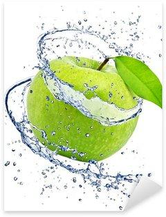 Pixerstick till Allt Grönt äpple med vatten splash, isolerade på vit bakgrund