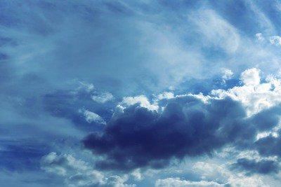 Pixerstick till Allt Himmel bakgrund med moln