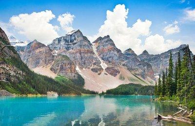 Pixerstick till Allt Vackra Moraine Lake med Klippiga bergen i Alberta, Kanada