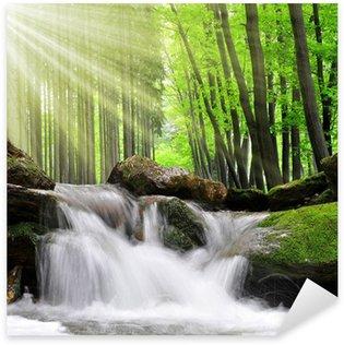 Pixerstick till Allt Vattenfall i vår skog