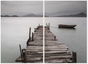 Diptychon Mit Blick auf einen Pier und ein Boot, niedriger Sättigung