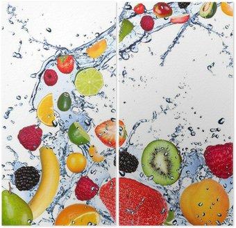 Dittico Frutta che cade in acqua spruzzata, isolato su sfondo bianco