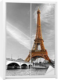 Dolap Çıkartması Eyfel Kulesi, Paris