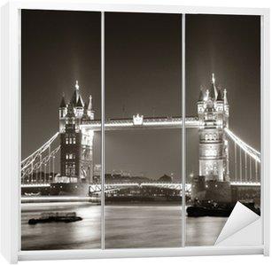 Dolap Çıkartması Siyah ve beyaz geceleri Tower Bridge