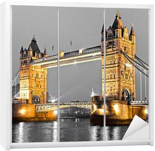 Dolap Çıkartması Tower Bridge, Londra, İngiltere