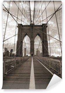 Vinil Duvar Resmi New York'ta Brooklyn Köprüsü. Sepya tonu.