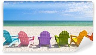 Vinyl Fotobehang Adirondack strandstoelen op een Sun Beach voor een vakantie Vac