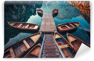 Vinyl Fotobehang Boten op een meer in Italië