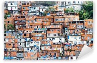 Vinyl Fotobehang Favela, Braziliaanse sloppenwijk in Rio de Janeiro